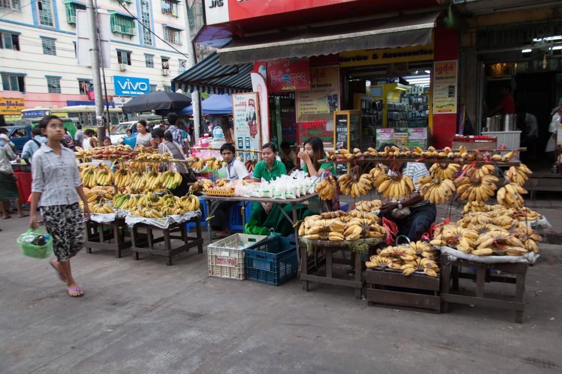 Marktstand in Yangon