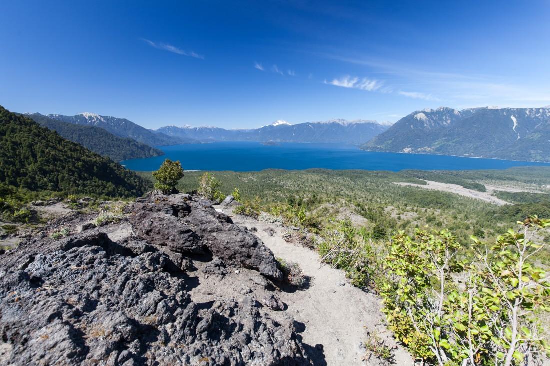 Ausblick vom Orsorno Vulkan auf den Lago Todos los Santos
