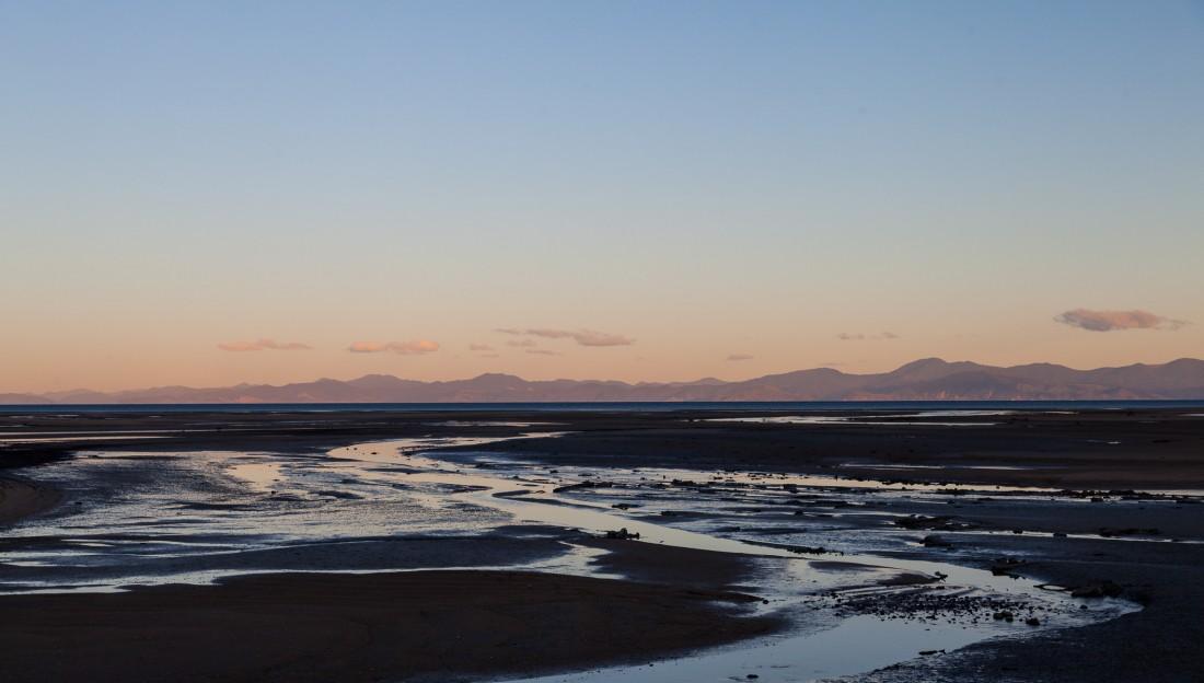 Sandy Bay im Sonnenuntergang - kurz vor dem Ziel