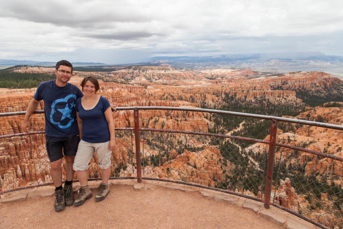 Der Himmel war leider fast durchgehend wolkenbehangen an unserem Tag im Bryce Canyon. Trotzdem waren wir sehr beeindruckt von den Felsformationen die wir dort sahen.