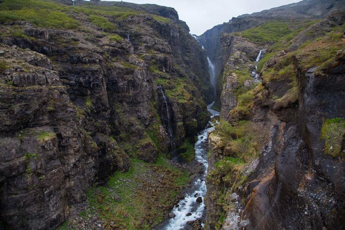 Der Glymur ist der zweithöchste Wasserfall Islands und den Tagesausflug definitv wert.