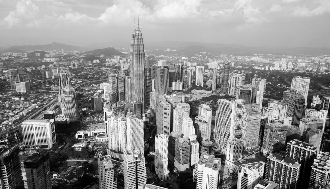 Ausblick aus dem KL Tower auf die Petronsas Towers und das Stadt